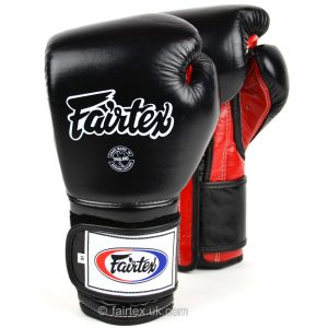 Fairtex Boxing Gloves Mexican Style in Black Red