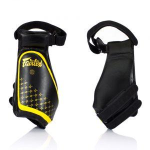 Fairtex TP4 Lightweight Thigh Pads Black Yellow